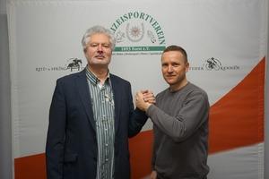 Günther Schulze mit dem neuen Vize Marcel Möbus