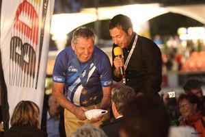 Ein signierter Staubsauger - Peter Baurs letztes Rennen (Bild: 28/34)